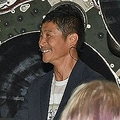ZOZOの海外認知が圧倒的に足りず 前澤友作氏の月旅行の真意は