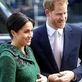 ヘンリー英王子(右)とメーガン妃。英ロンドンで(2019年3月11日撮影)。(c)Chris Jackson / POOL / AFP
