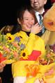 コパノキッキングで東京盃を制し、笑顔がはじける藤田菜七子(撮影・島崎忠彦)