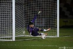 イングランド・リーグ2のニューポート・カウンティに所属するGKトム・キング(2021年1月10日撮影、資料写真)。(c)Nick Potts / POOL / AFP