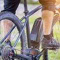 自転車事故でも高額の賠償を求められる(写真/アフロ)