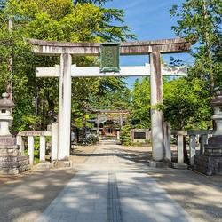 「神社」の社殿は日本古来のものなのか?宗教史研究家に聞いてみた!