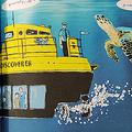 絵本の潜水艦の船長01