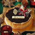 「ノエルチョコチーズタルト」(2200円)は、12月15日(金)から25日(月)の11日間限定で販売される