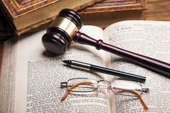 弁護士資格取得のメリットとは?