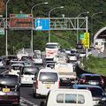 信号がない高速道でも渋滞は起こります