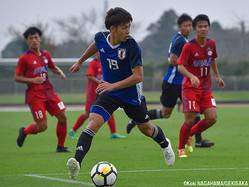チャンスに絡んだFW斉藤光毅(横浜FCユース)