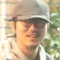 新井浩文被告、保釈中の「酒場通い」 降谷建志の店へ深夜訪問?