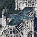 火災で被害を受けたノートルダム大聖堂 屋根の「プール化」案が話題
