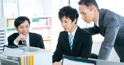 「やる気のある社員」には仕事を任せたくなりますが… Photo:PIXTA