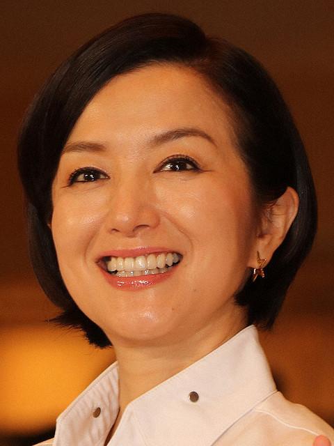 キムタク主演日曜劇場「グランメゾン東京」初回12・4% 日本S放送延長で50分遅れも2桁好発進