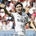 神戸戦でフル出場した三竿。チームメイトに絶えず声をかけ、守備の強度を保った。写真:茂木あきら(サッカーダイジェスト写真部)