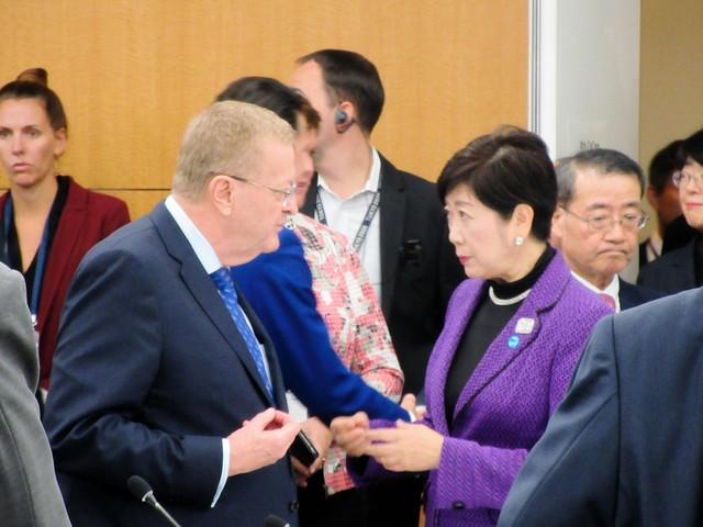 【東京五輪】小池都知事「イエスといえばいいんですか?」IOCコーツ委員長「スピーチしたければどうぞ」