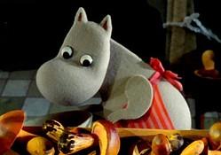 朴が演じるキャラクターの1つ、ムーミンママ  - (C) Filmkompaniet / Animoon Moomin Characters TM