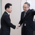 3年半ぶりに日韓局長級が政策対話 関係改善の鍵は「徴用工問題」
