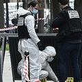 パリの病院前で銃による殺人 「まるで処刑」と目撃者