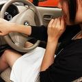クルマをまっすぐに駐車するコツ ポイントはサイドミラーの調整