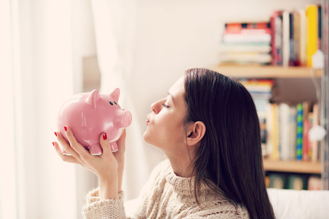 無理なく節約して貯金したい! 世の女性たちがしている工夫とは?