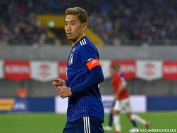 左腕にキャプテンマークを巻いた日本代表MF香川真司(ベシクタシュ)