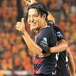 清水戦で好調をアピールした金崎が、代表復帰についても意欲を示した。写真:佐藤明(サッカーダイジェスト写真部)