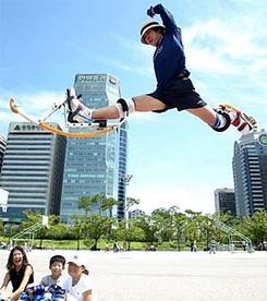 【ファンキー通信】跳んで跳ねて! 超人気分!